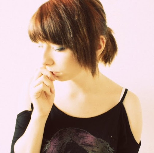 Lana Smith Photo 31