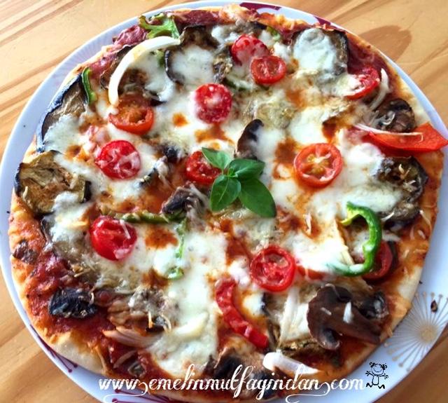 Sebzeli Pizza (vejeteryan pizza)