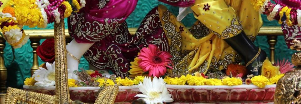 ISKCON Punjabi Bagh Deity Darshan 30 Mar 2016  (12)