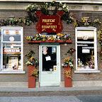 1971 Winkel van Goof en Anneke Michielsen in de Hoofdstraat.tif