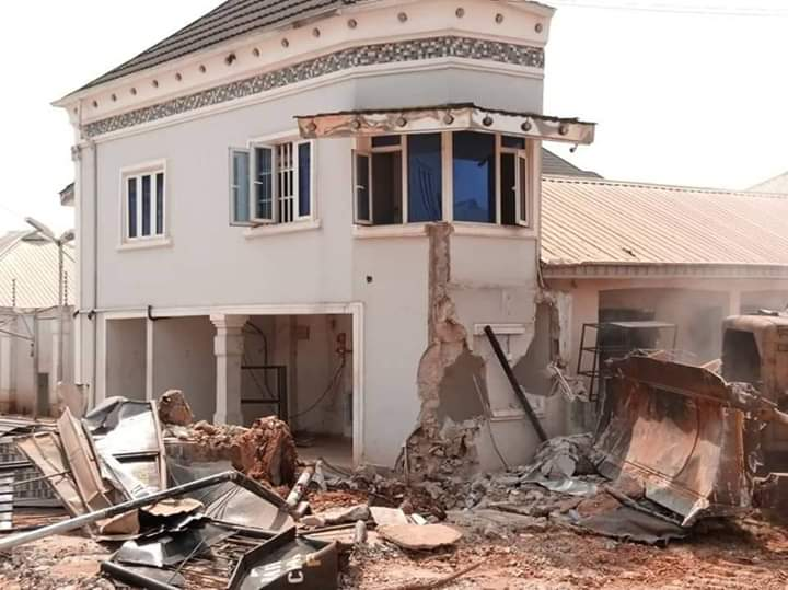 Oshiomhole's Loyalist Hotel is Demolished by Edo Governor