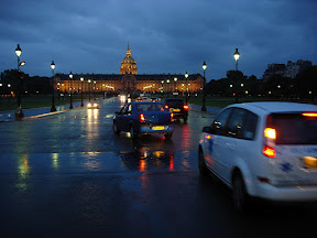 I stood in the little island in the middle of the street to get this photo of Les Invalides.