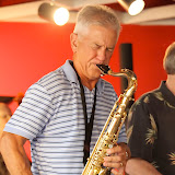 Returning to Gulf Breeze, the Jazz Jam took place at the Unique Cafe (where Jambalaya's used to be). A great crowd came out, and the music was swinging!