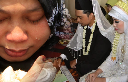 Kisah Nyata : Pengorbanan Seorang Istri Sholehah yang Mengharukan
