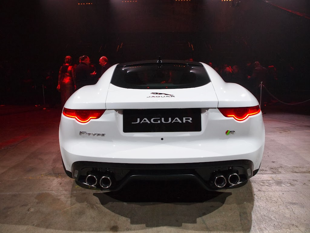 Jaguar F-Type Coupe 8