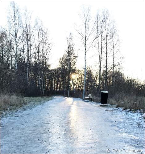 Is-halt-gångvägar