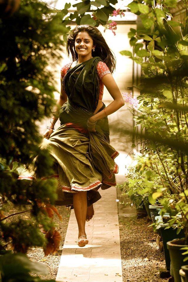 Biriyani Movie Actress kani Kusruti pics