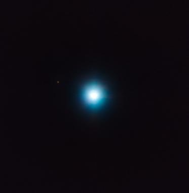 o exoplaneta exótico CVSO 30c ao redor de sua estrela