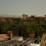 i widok na Alhambrę