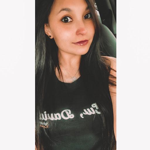 user Alicia apkdeer profile image