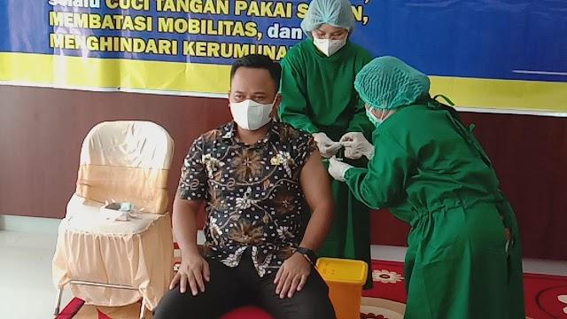 Ketua DPRD Bartim Imbau Masyarakat Lakukan Vaksinasi