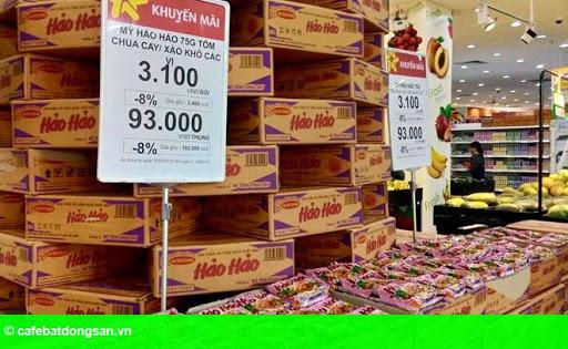 Hình 2: Mì Hảo Hạng bị siêu thị từ chối vì nghi nhái Hảo Hảo