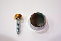 裝潢五金 品名:鏡珠蓋 規格:12M/M 規格:16M/M 規格:20M/M 規格:30M/M 顏色:銀色 功能:用於木板或玻璃貼在牆上用 玖品五金