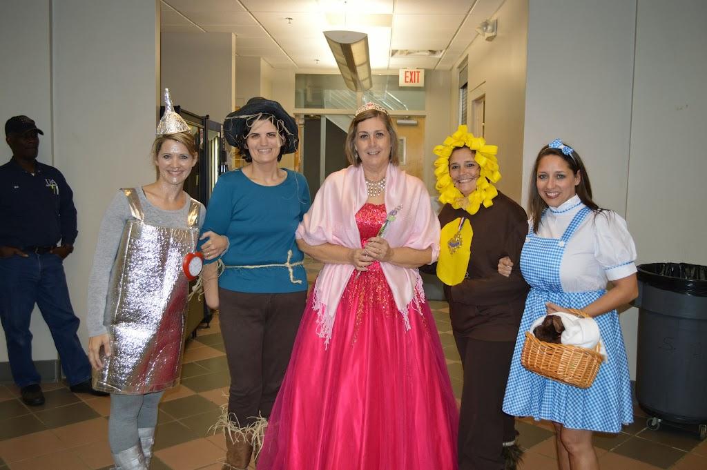 Halloween Costume Contest 2013 - DSC_3582.JPG