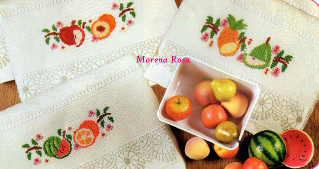 Tre schemi punto croce per asciugamani