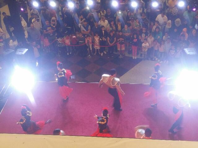 Dalma Mall Abu Dhabi Dance show