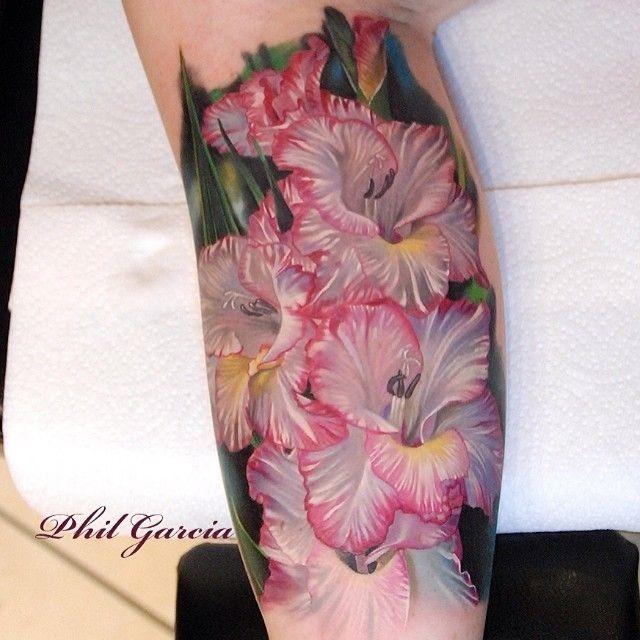 linda_hibiscus_braço_de_tatuagem