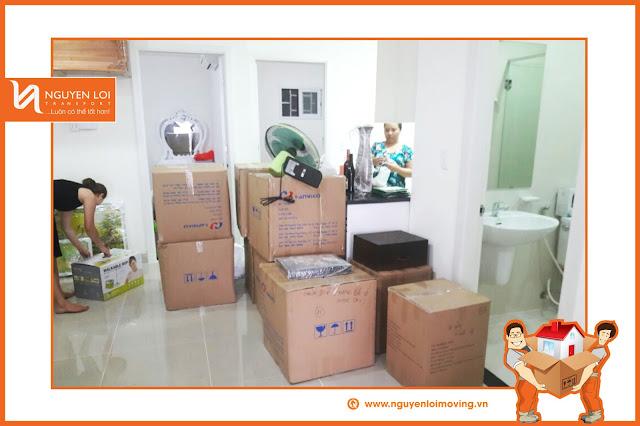 Nguyên Lợi chuyển nhà cho một gia đình tại Phú Nhuận