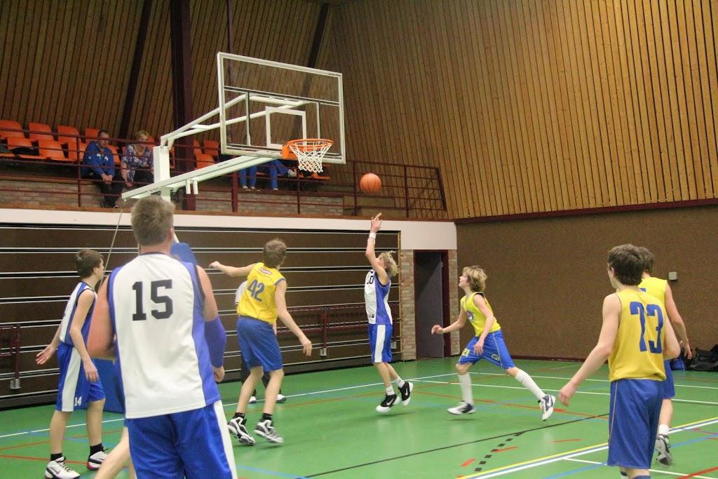 U16 wedstrijd 12 maart 2011 - IMG_2309.JPG