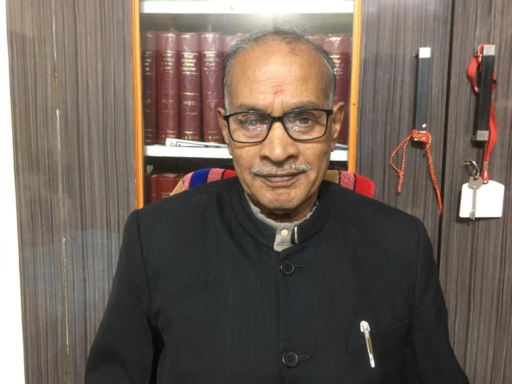 सासाराम के वरिष्ठ अधिवक्ता राममूर्ति सिंह ने नए वर्ष पर लोगों की दी शुभकामनाएं।