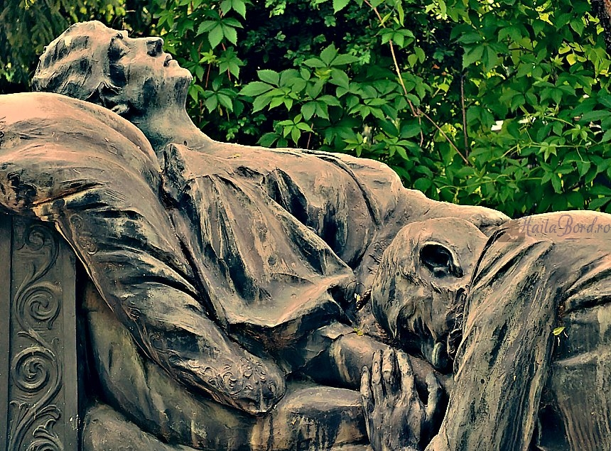 mormant familia poroineanu cimitir bellu