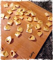Tortellini aromatici con ricotta e limone
