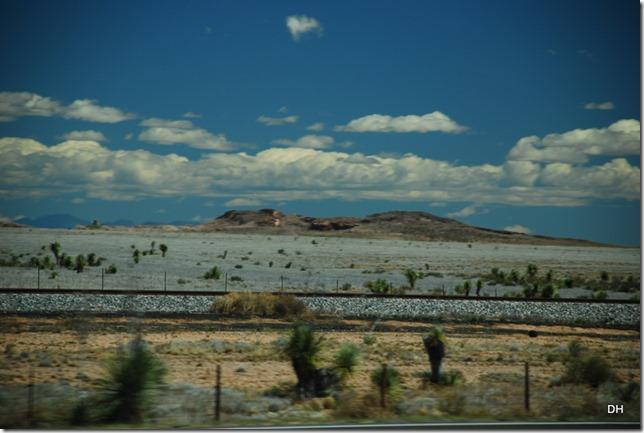 04-13-16 B New Mexico I10 Border Heading East (36)