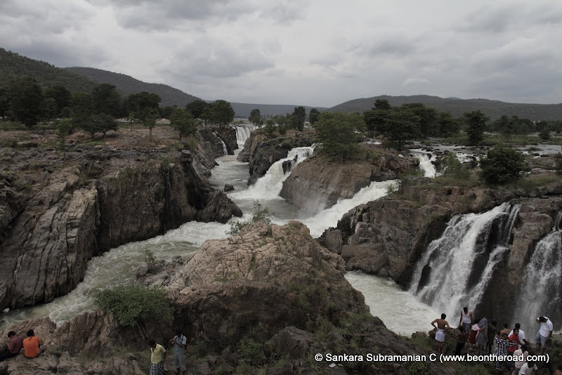 Hogenakkal in even half flow is a great sight