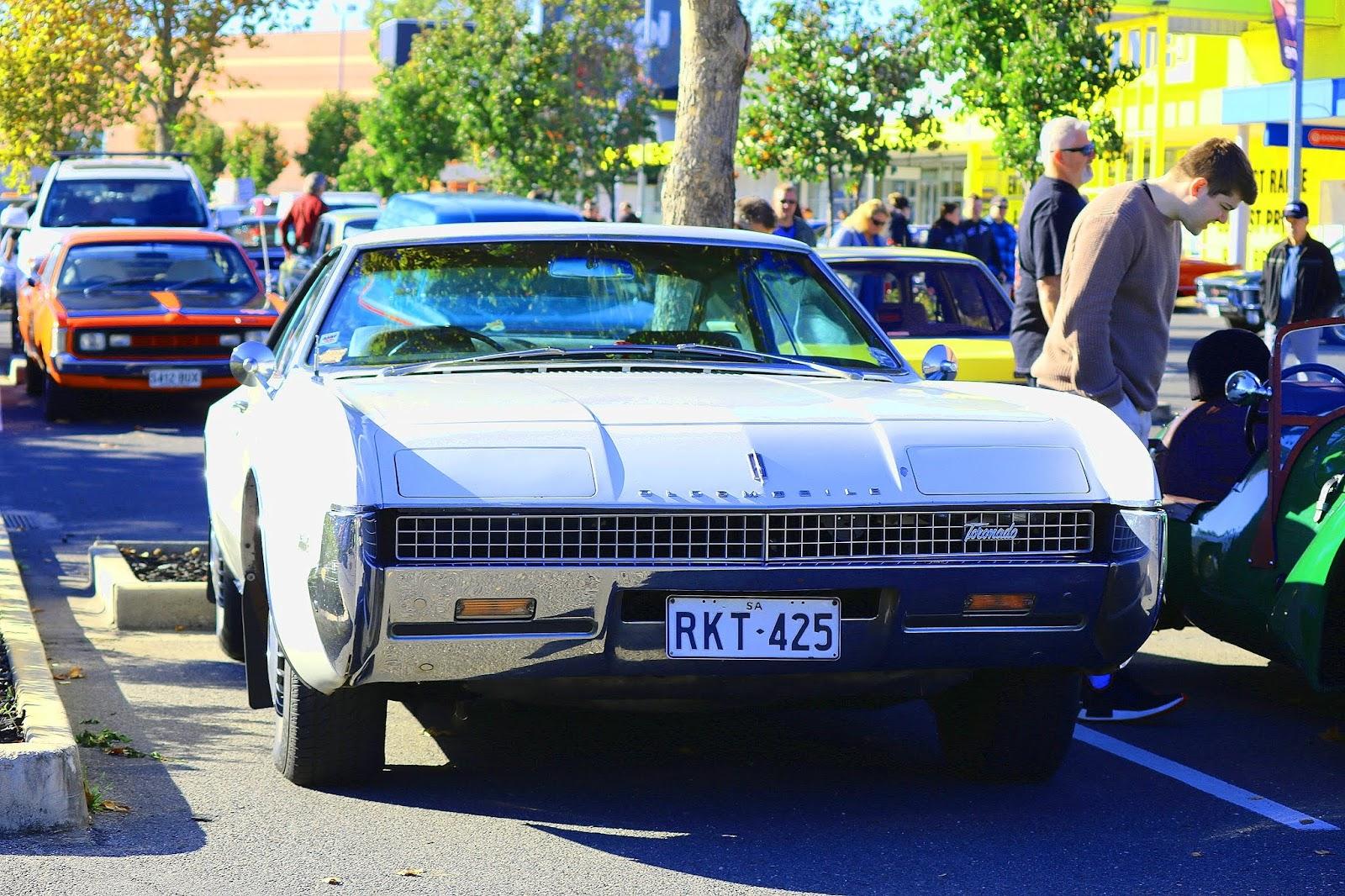 Oldsmobile Toranado.jpg