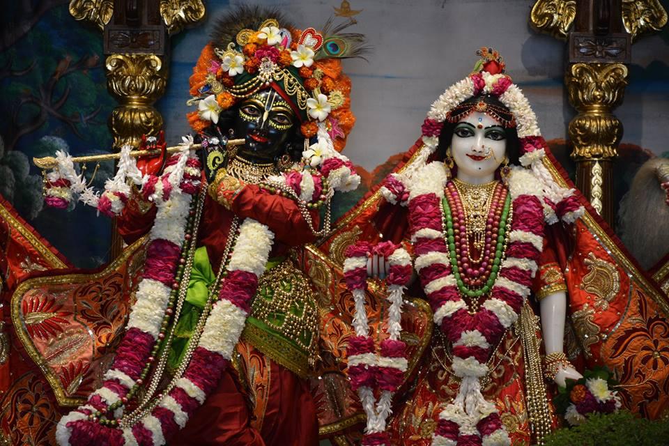 ISKCON Ujjain Deity Darshan 10 Jan 2017 (2)