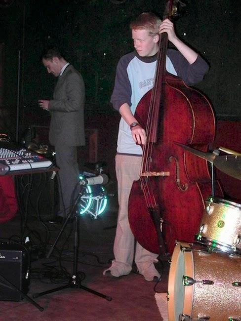 bassistjonga_28062005a