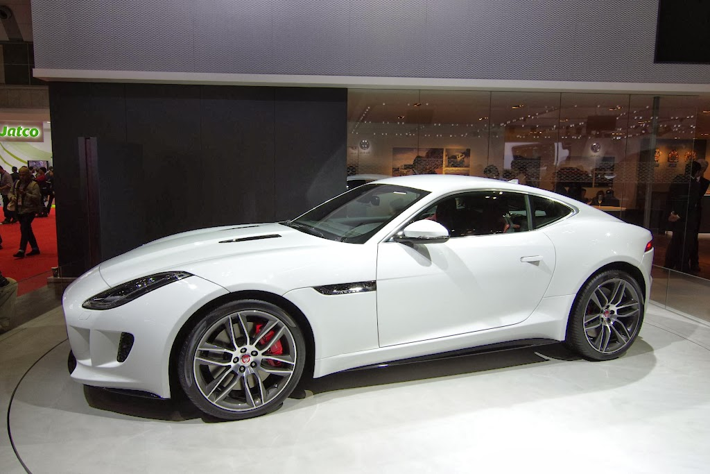 Jaguar F-Type Coupe 12