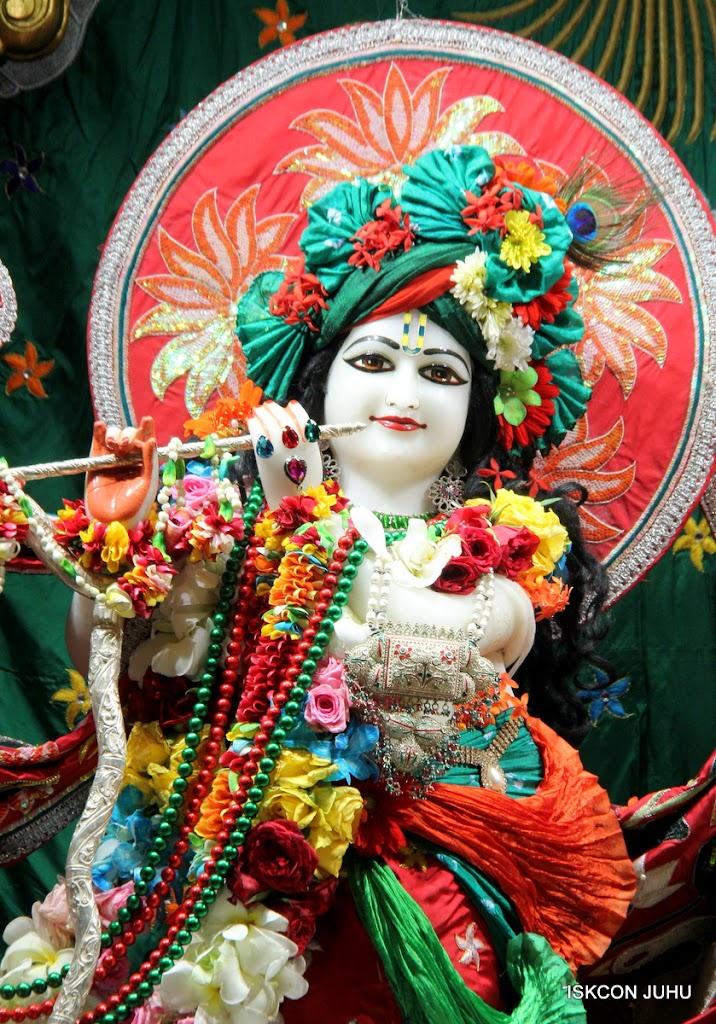 ISKCON Juhu Sringar Deity Darshan on 28th Aug 2016 (7)