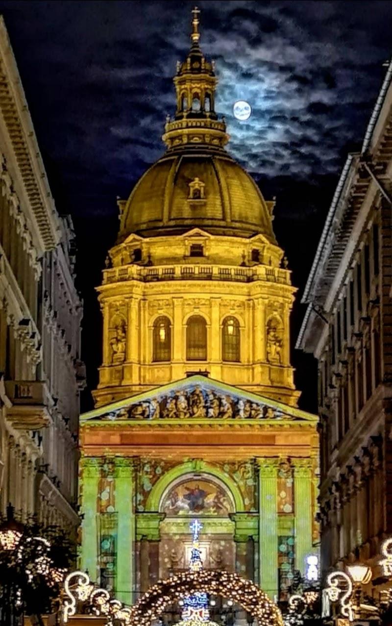 Natale alla Basilica di Santo Stefano di Budapest di francescomattiamacri