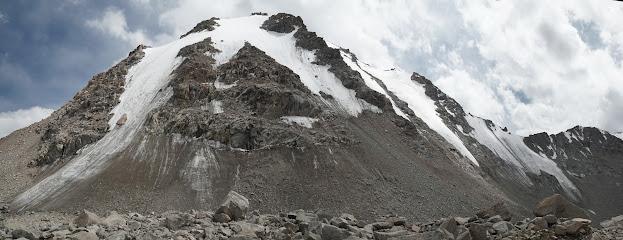 Am 3.890 m hohen Tosor Pass