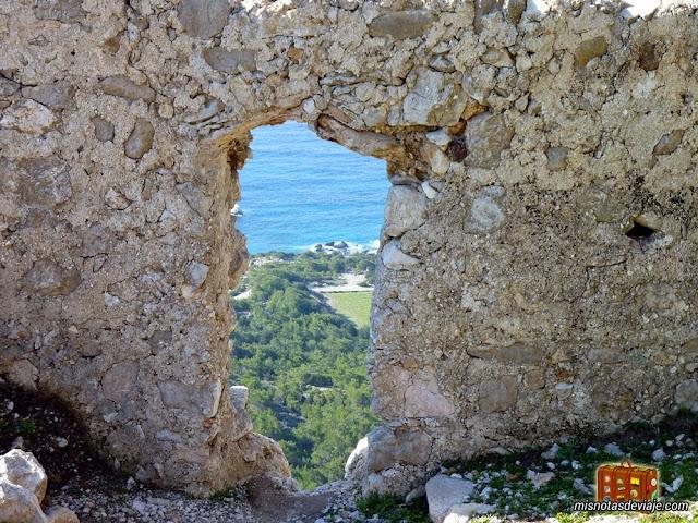 Detalle del Castillo de Monolithos