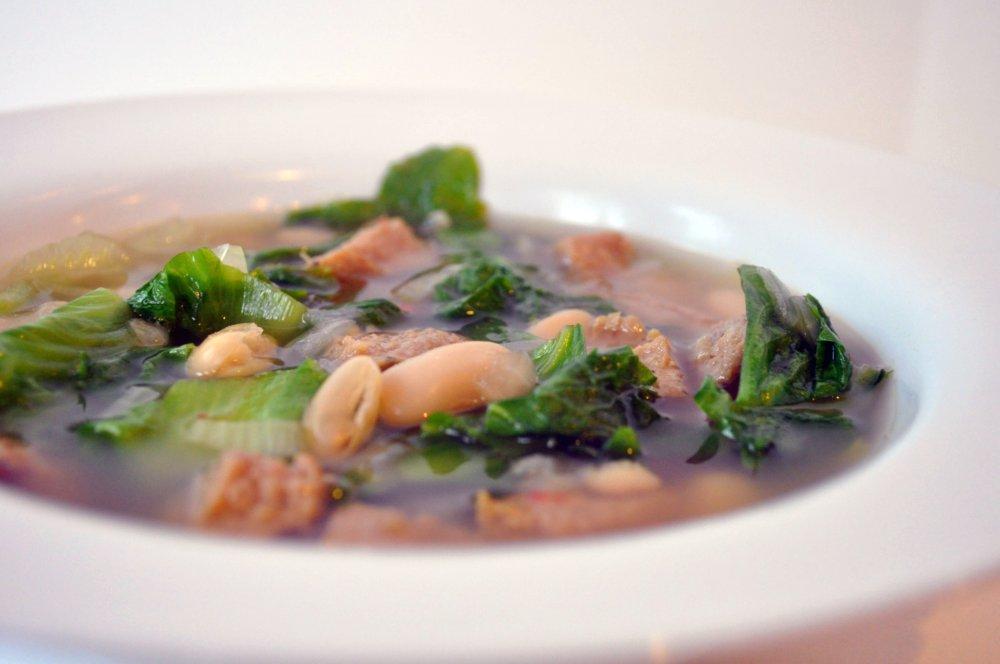 Escarole and Cannellini Bean Soup (Zuppa di Scarola e Fagioli)