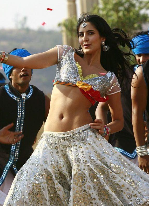 katrina kaif, navel show, belly beauty, hot photos