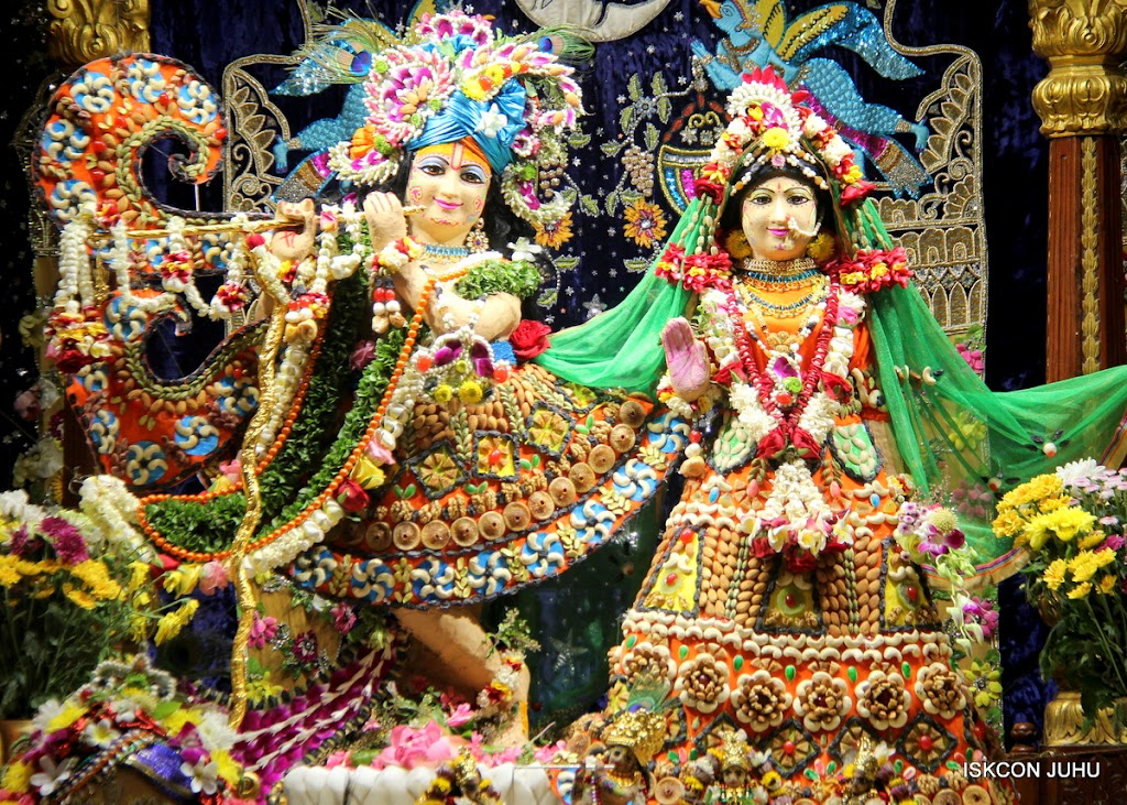 ISKCON Juhu Chandan yatara Deity Darshan on 9th May 2016 (34)