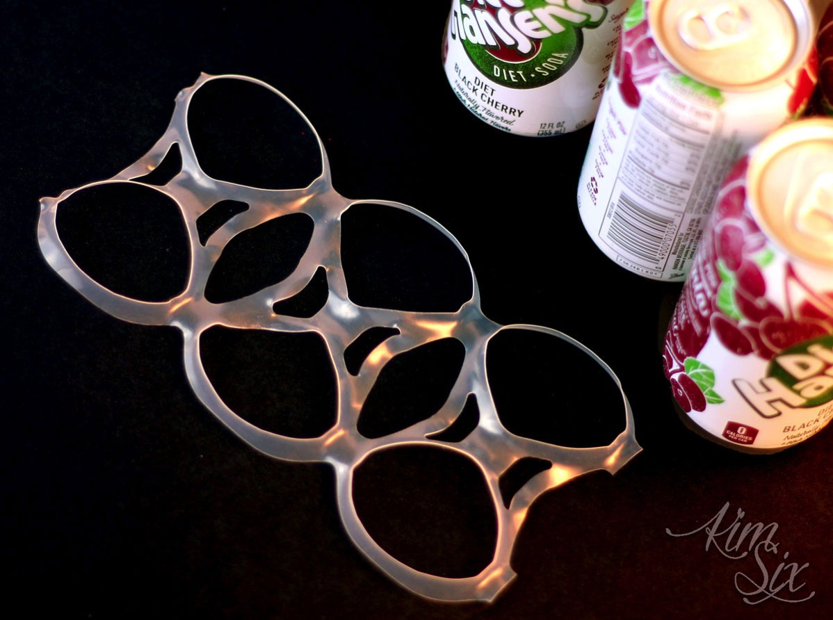 Plastic soda ring crochet craft