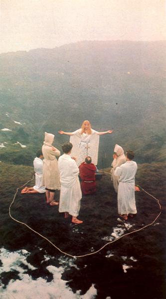 Winter Ritual Group, Maxine Sanders