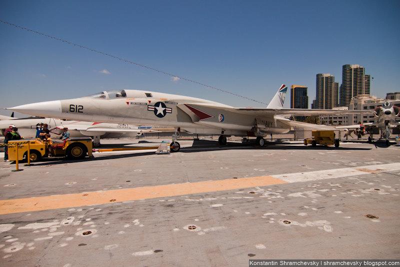 USA California San Diego USS Midway CV-41 Aircraft Carrier RA-5C Vigilante США Калифорния Сан Диего Мидуэй Авианосец РА-5Ц Виджиланте