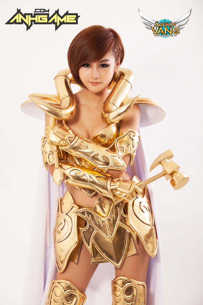 Cosplay Áo Giáp Vàng chất lừ của Quỳnh Nhi (Yuu) - Ảnh 15