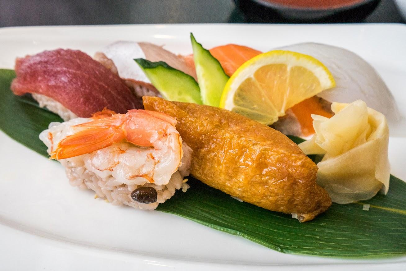 黒寿司セット・しゃりが黒千石ご飯