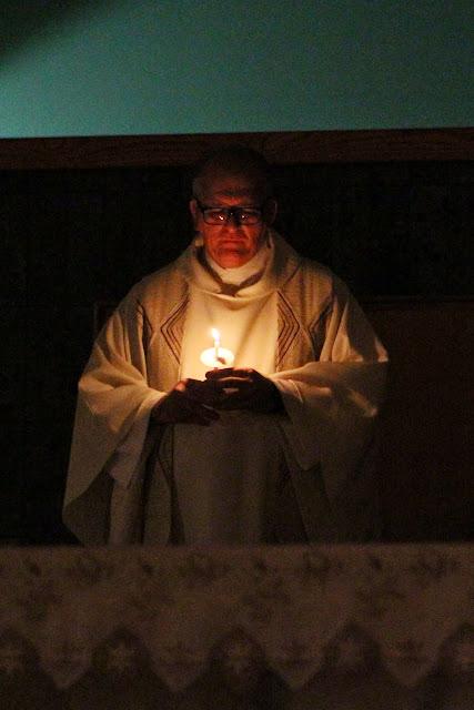 Easter Vigil 2015 - IMG_8491.JPG