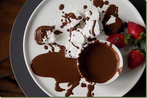 1423664464--264_Chocolate_Fondue_1