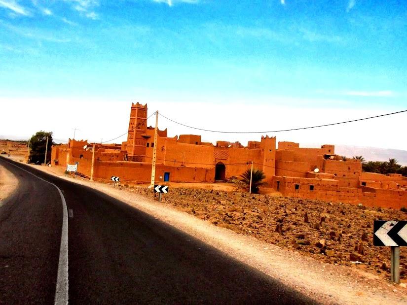 Marrocos e Mauritãnia a Queimar Pneu e Gasolina - Página 13 DSCF1478