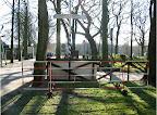 Duindigt toen en nu 1945-2012 ,zie het hek dat toen gebruikt is om over de sloot te komen.
