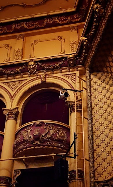 A box seat at the St James Theatre, Wellington (NZ)