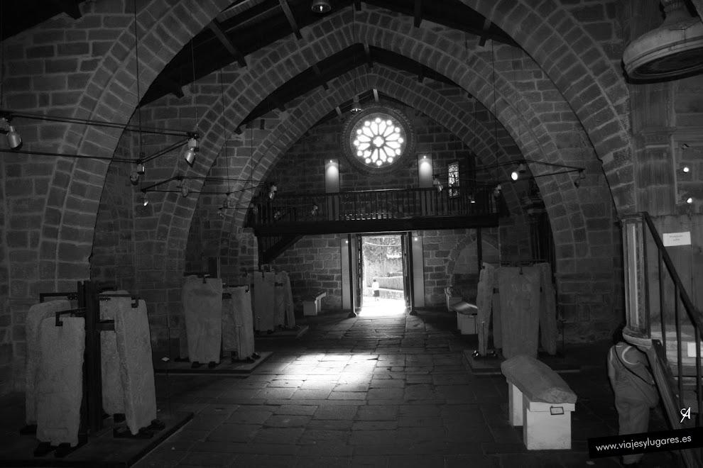 Museo de las laudas, lápidas sepulcrales. Noia